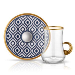 1461151307-40391_dervish-kulplu-ikat-antrasit_01-9676-teeglas-mit-goldhenkel-und-unterteller-aus-porzellan-mit-blauer-verzierung-blauer-pfau-165-ml-6er-set